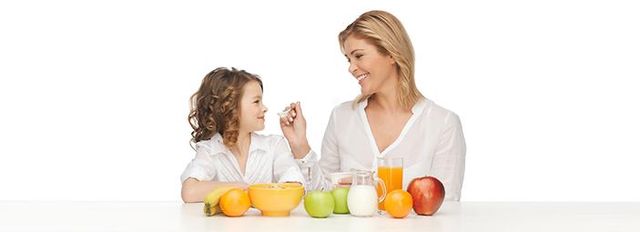 Lo yogurt, uno spuntino sano e delizioso a ogni età