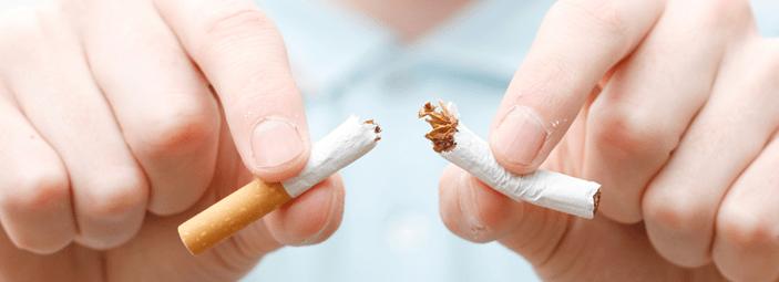 Latte e formaggio, alimenti utili per smettere di fumare