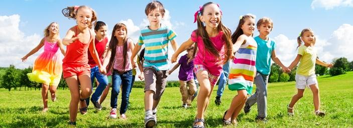 giocare all'aperto è indispensabile per produrre la vitamina D