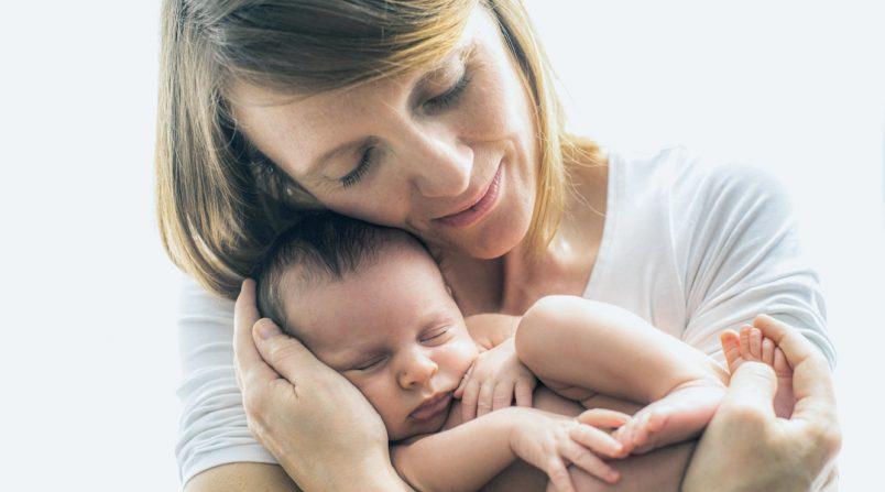 il contatto del bambino con la pelle della mamma
